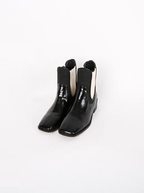 [出售]跑道,短裤(贴合鞋240)