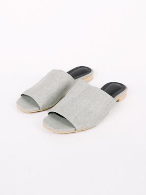 [出售] Palota,拖鞋(试穿鞋240)