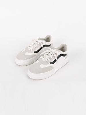 [出售] Endia,胶底帆布鞋(试穿鞋240)