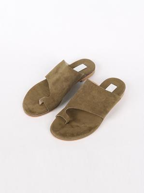 [出售]低调鞋鞋(配鞋235,240)