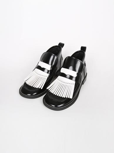 [出售] Tassling,包皮鞋(鞋子配件240)