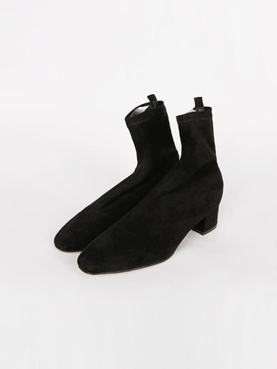 [出售] Julie,短裤(配件鞋240)