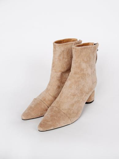 [出售] Saimona,短裤(配件鞋240)