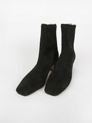 [出售]瘦双鞋,短鞋(合身鞋,240)