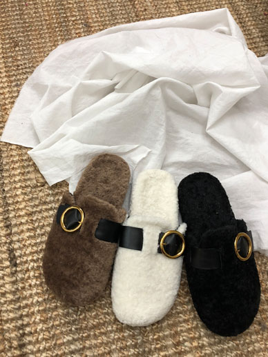 Pogris扣羊毛,鞋子