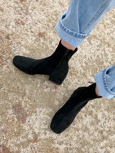 简介,鞋子