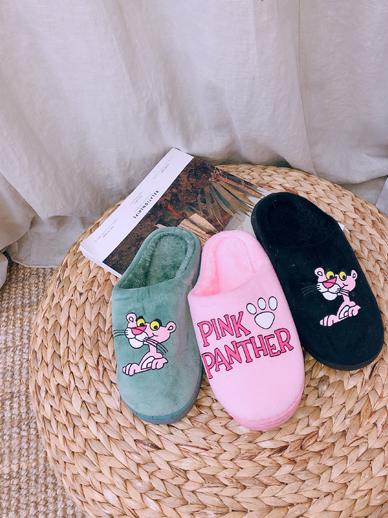 粉状熊猫,鞋子