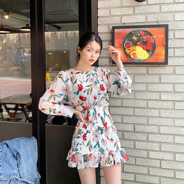 Blossoms,折叠式连衣裙<br> <font color='gray'>单独订购象牙的同一天</font>